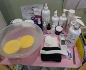 dermaplaning trolley set-up
